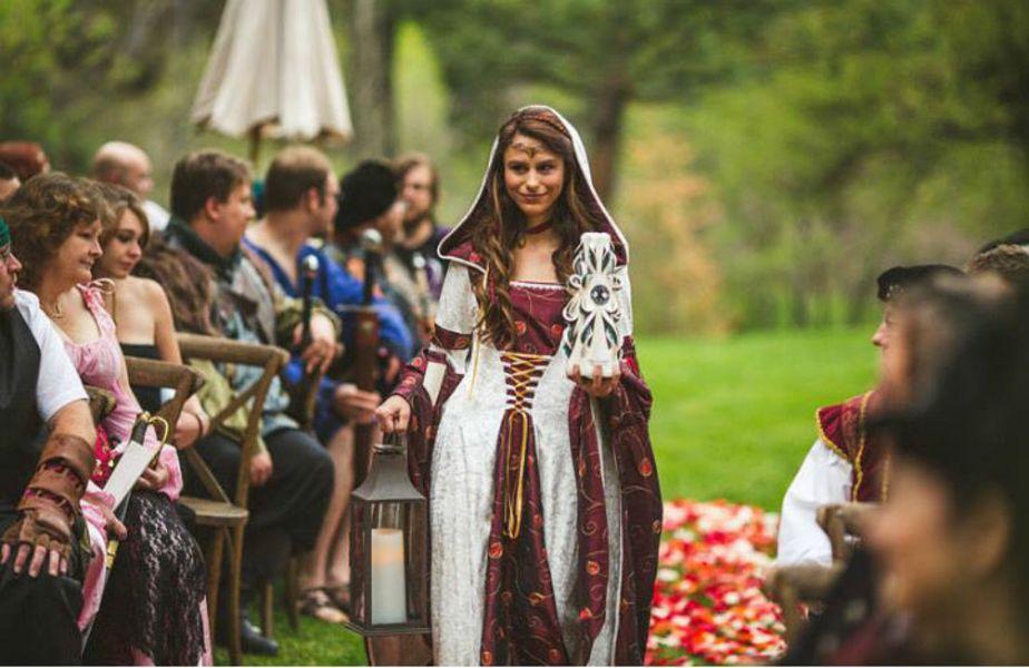 medieval wedding ceremony - 800×534