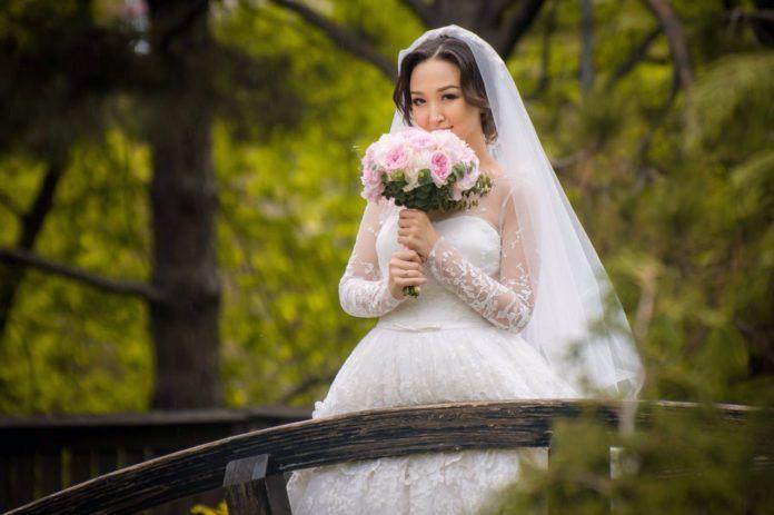 свадьба невеста природа